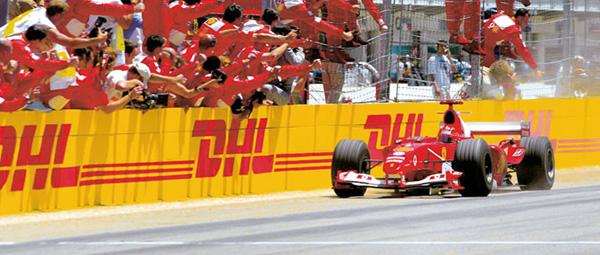 DHL vervoert 300 ton Formule 1 spullen