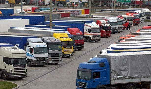 TÜV en ADAC pleiten voor meer parkeerplaatsen