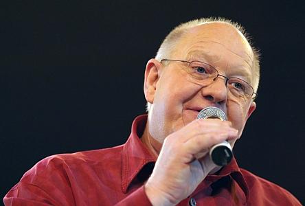 Henk Wijngaard maakt 'Truckstarsong'