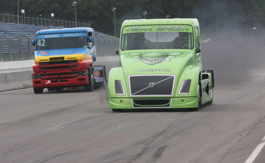 Volvo Mean Green oppermachtig tegen Scania