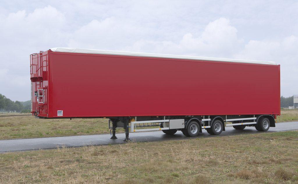 Knapen bouwt trailer van 15,5 meter