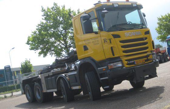 Scania G440 8x8 voor Reinders