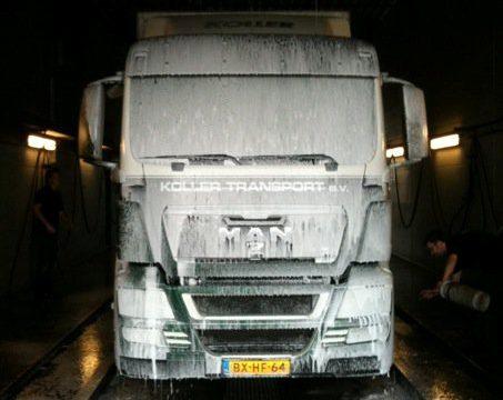Moderne truckwash geopend in Europoort
