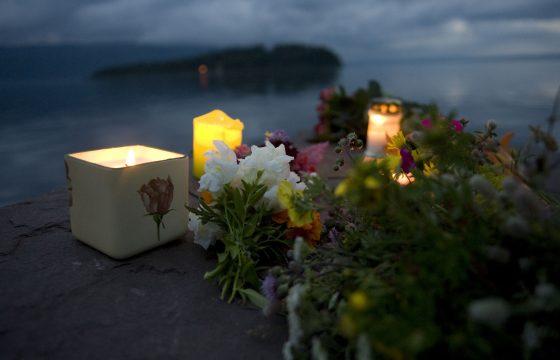 NL chauffeur helpt Noorse jongeren Utøya
