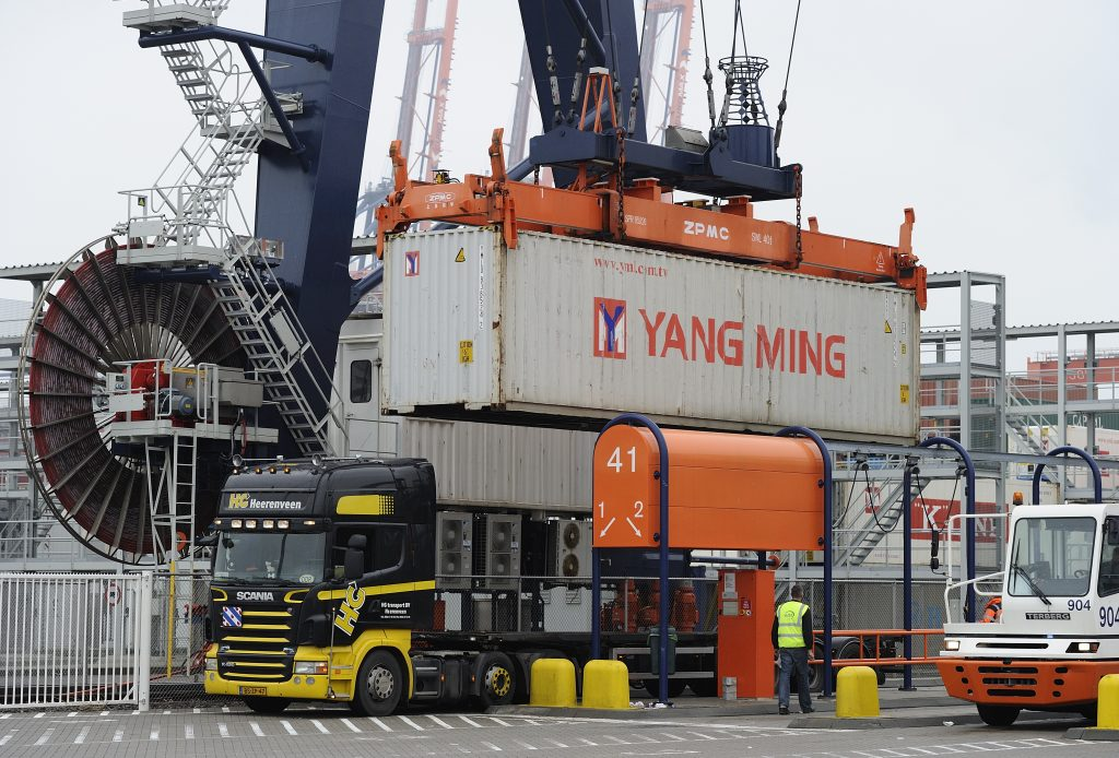 Nieuwe eisen trucks Maasvlakte 2014
