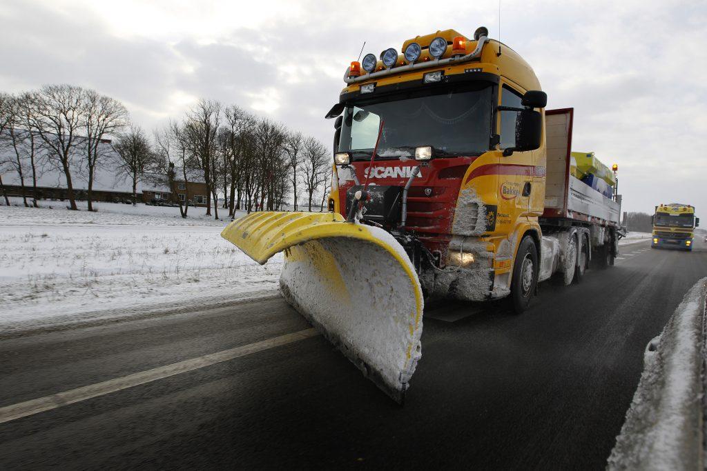 Chaos door sneeuw: ruim 800 km file