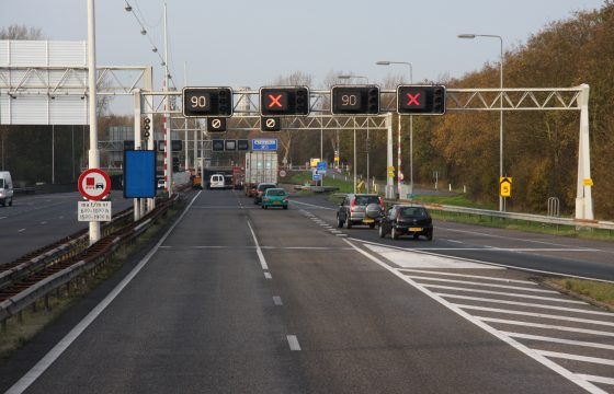 Oostblokker negeert rood licht Velsertunnel