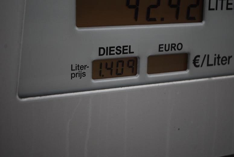 TLN enquete: hoge dieselprijs zorgt voor zware druk