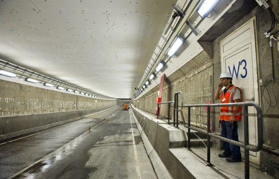 IJtunnel lange tijd dicht