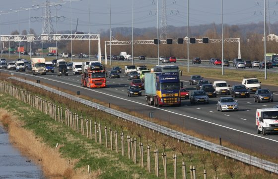 Minister wil 120 op A2
