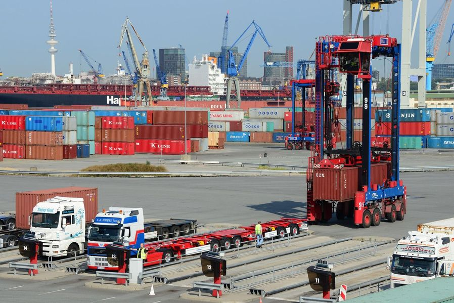 Eerste container-LZV Hamburg