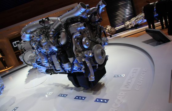 11 liter motor: DAF zegt niks