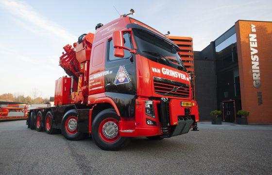 Flinke Volvo 10x4 voor van Grinsven