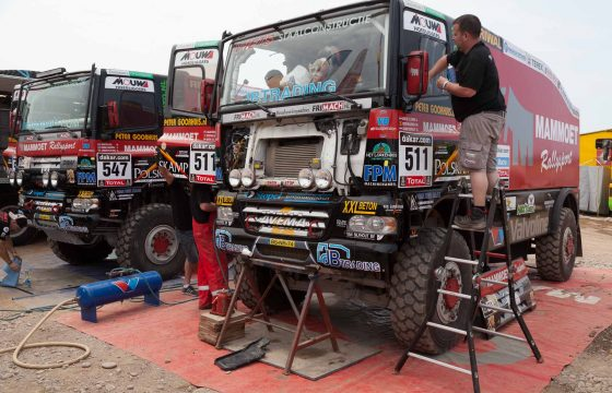 Dakar-trucks goedgekeurd
