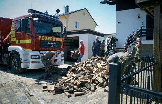 MAN helpt hulpverleners tijdens hoogwater in Duitsland