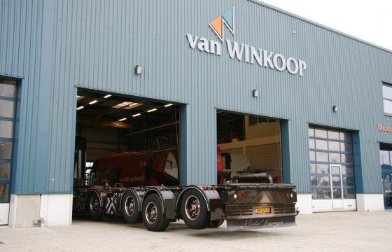 Ondertussen bij Van Winkoop