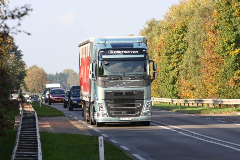 Truckstar test 'm zelf: de nieuwe FH