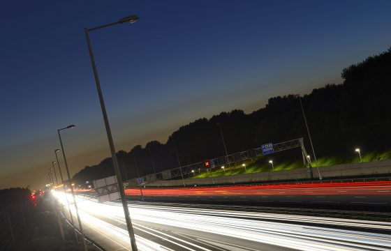 Donkere snelwegen: fijn of niet?
