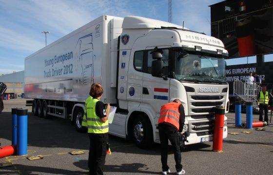 Doe mee aan de Scania YETD