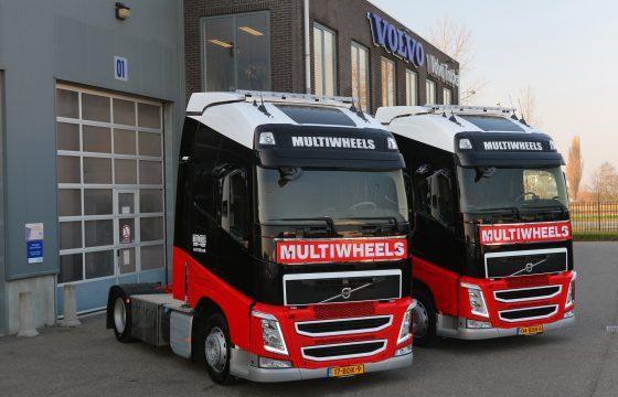 Twee Volvo FH 460's voor Multiwheels