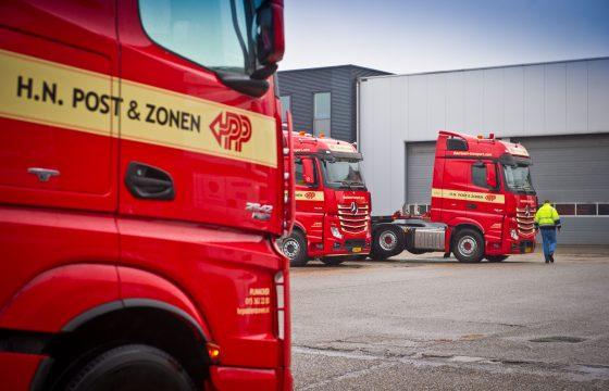 38 Actros trucks voor H.N. Post
