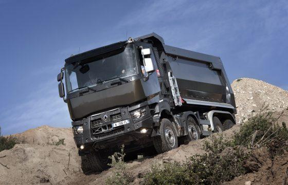 Nieuwe medewerkers sales team Renault Trucks