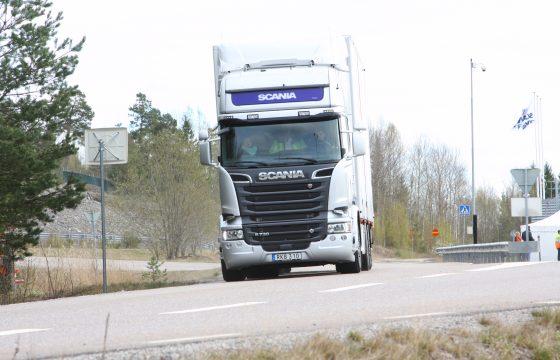 Merendeel chauffeurs niet bang voor zelfrijdende trucks