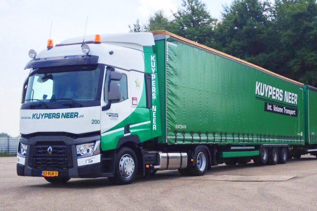 Renault T als LZV voor Kuypers Neer