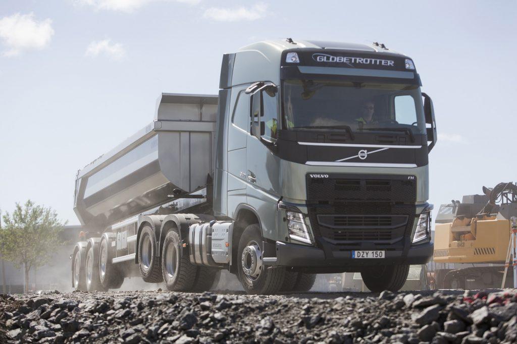 Volvo: hefbare aangedreven tandemas