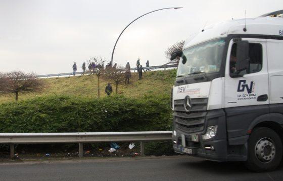 Trucks opnieuw doelwit in Calais - Video
