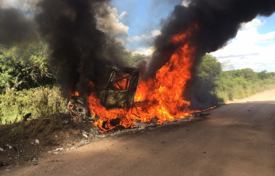 Renault Mammoet Rallysport brandt af
