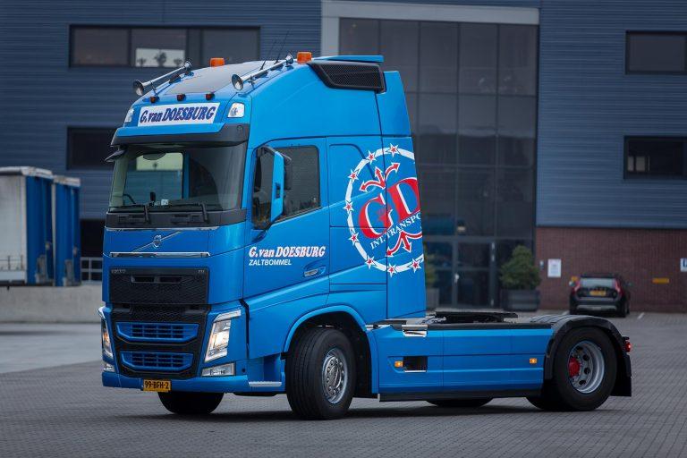 Nieuwe Volvo's voor Doesburg