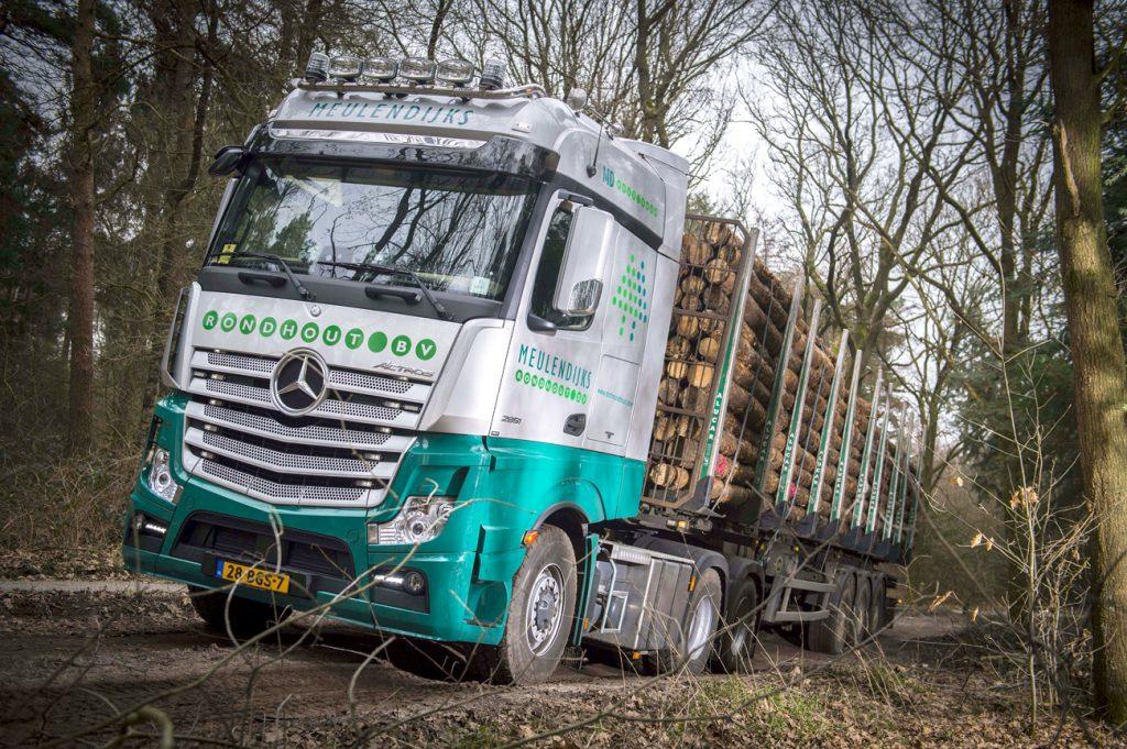 Zware Actros voor Meulendijks Rondhout