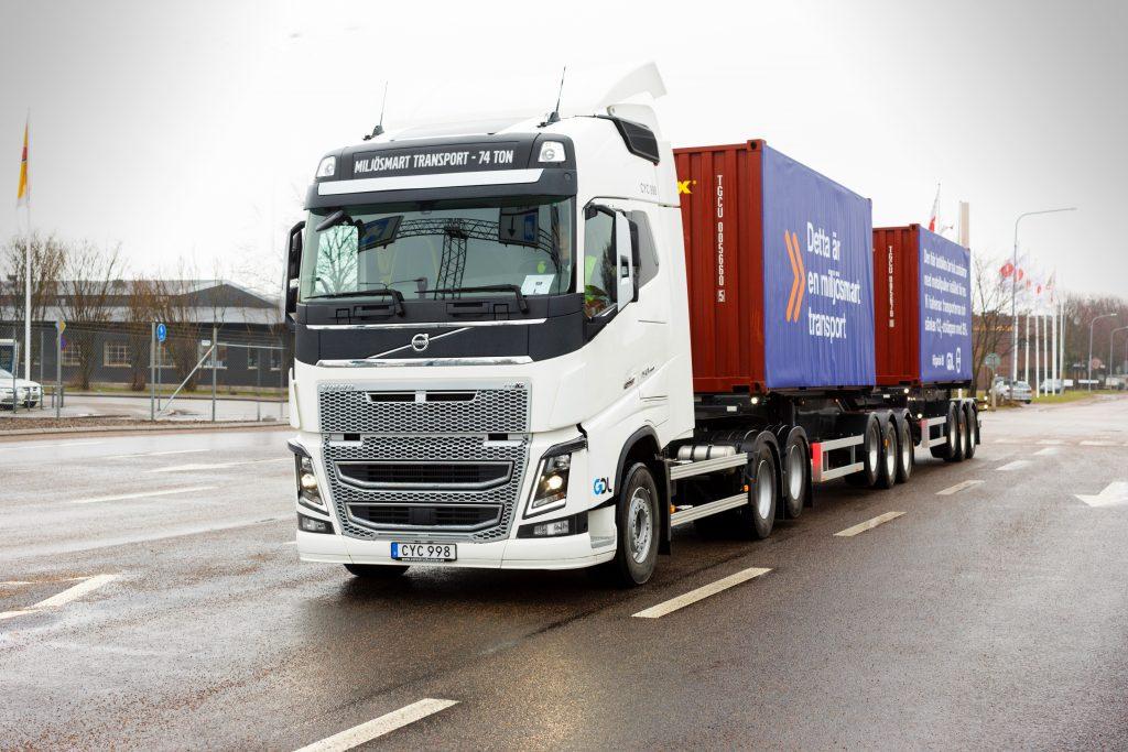 Nieuwe 74 tons Volvo in Zweden