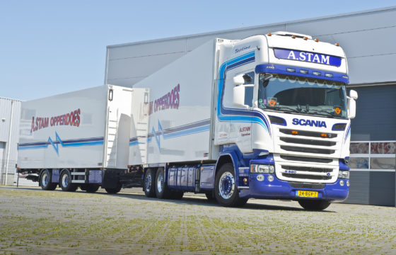 Twee keer Scania R520 V8 voor Stam
