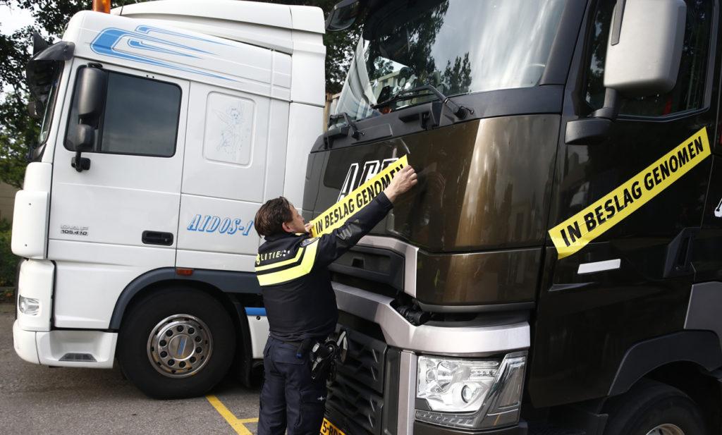 Politie neemt trucks AFE in beslag
