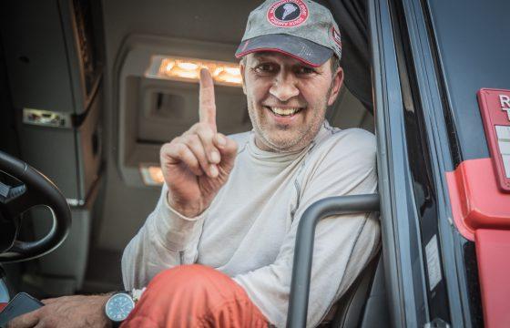 Martin van den Brink pakt zege tweede etappe Dakar