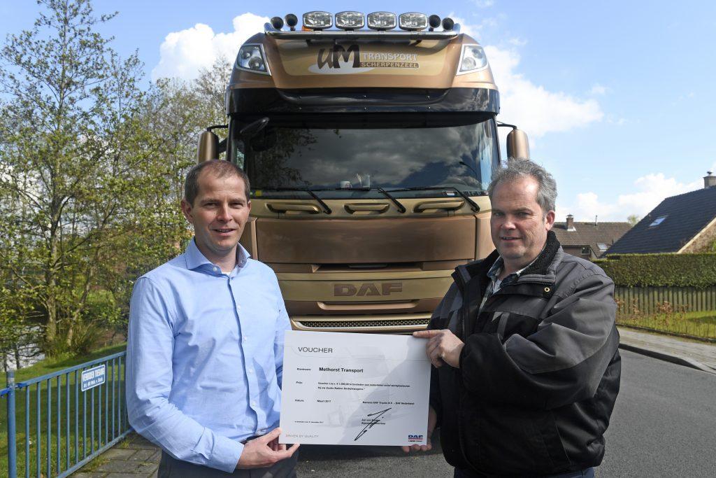 Methorst Transport uitreiking prijs DAF customer survey