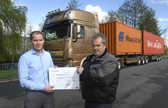 Methorst Transport uitreiking prijs DAF customer survey
