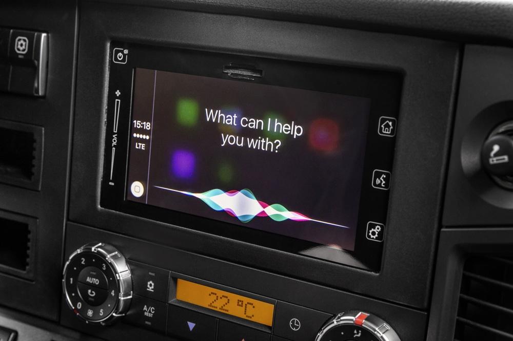Mercedes-Benz trucks voortaan standaard met Apple CarPlay