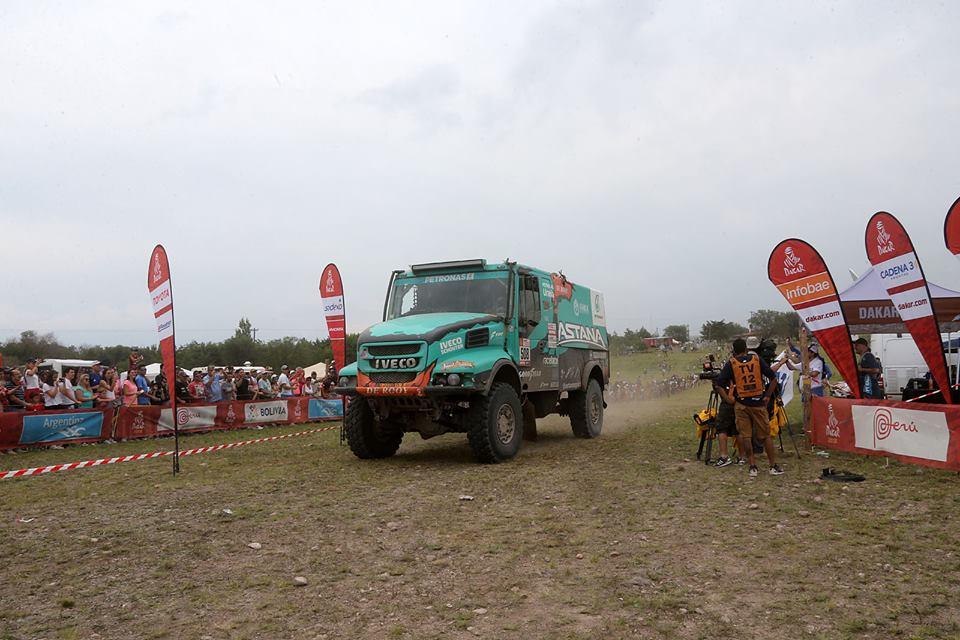 Van Genugten Iveco Dakar De Rooy