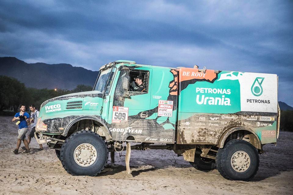 Van Genugten Iveco Dakar