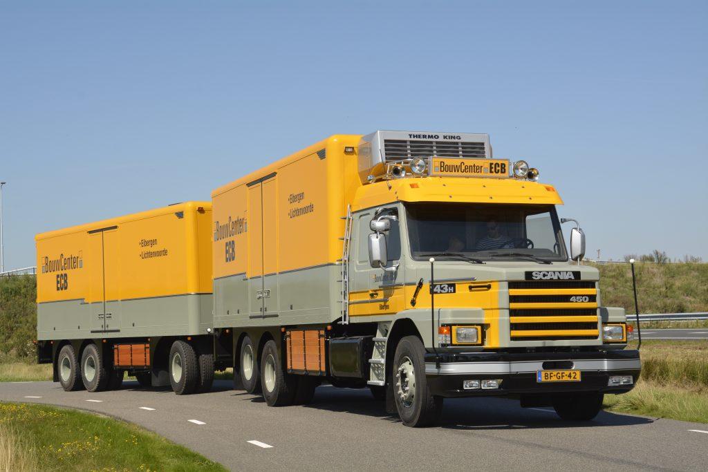 Scania T 143