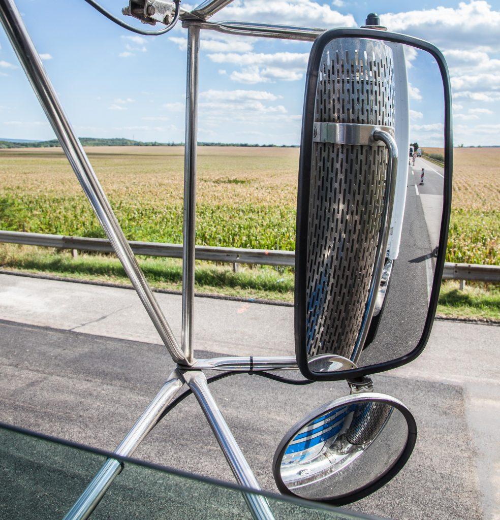 Scania spiegels op Mack